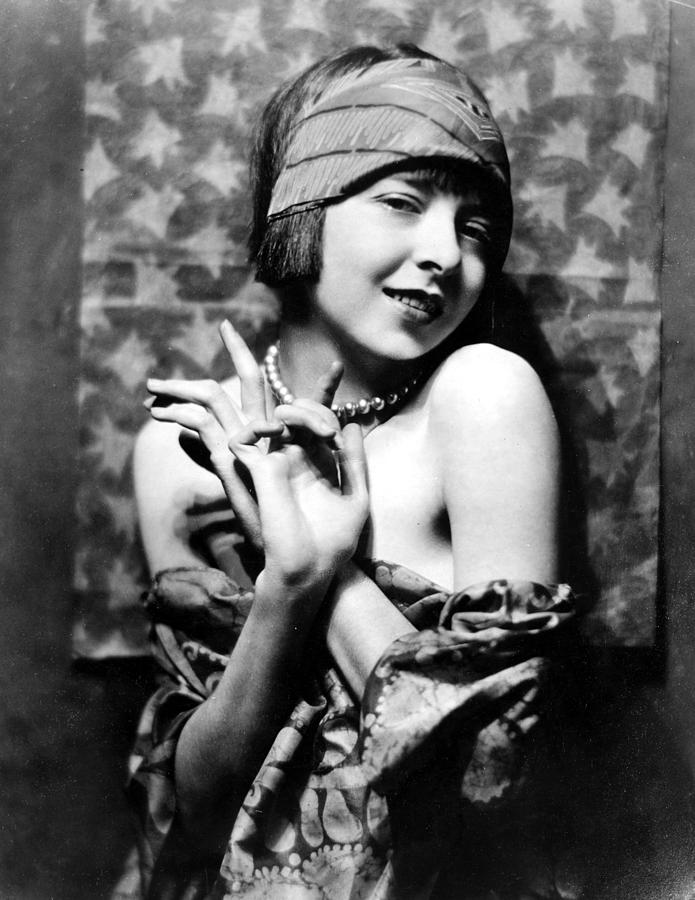 Colleen Moore, Around 1927 Photograph  - Colleen Moore, Around 1927 Fine Art Print