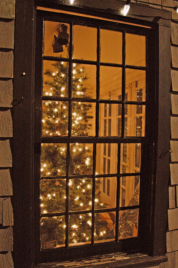 Christmas Photograph - Colonial Christmas by Joann Vitali