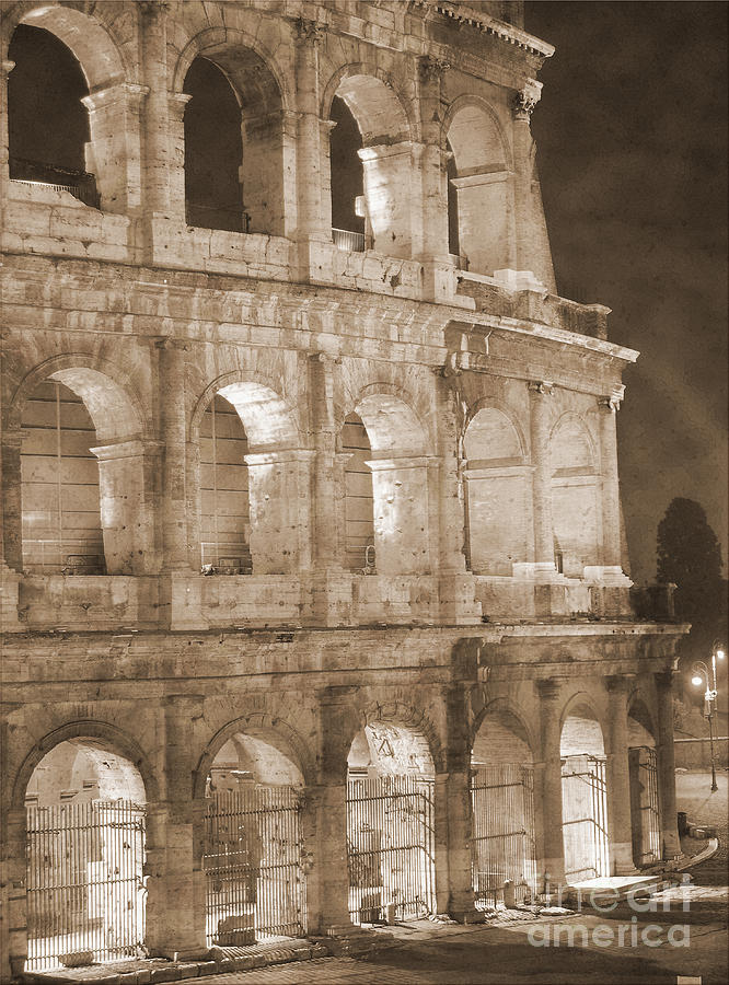 Colosseum Photograph - Colosseum by Stefano Senise