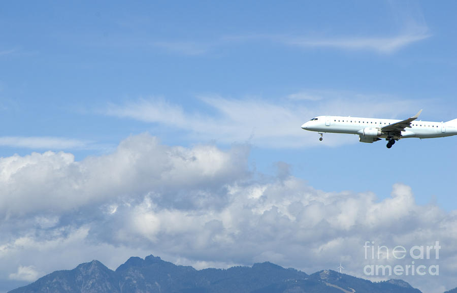 Commercial Airliner Coming In For A Landing Photograph  - Commercial Airliner Coming In For A Landing Fine Art Print