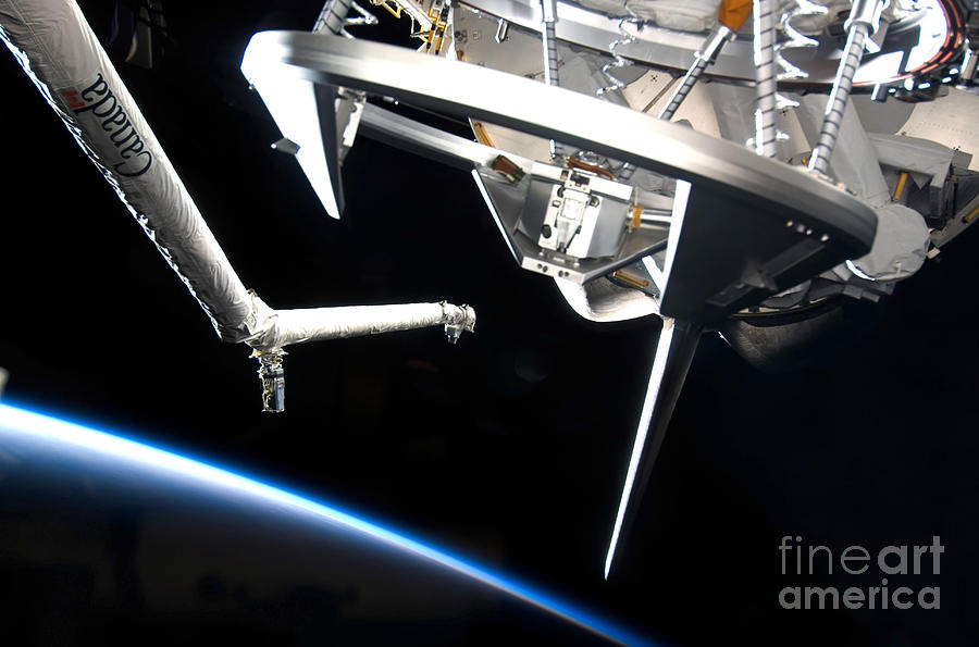 Components Of Space Shuttle Discovery Photograph