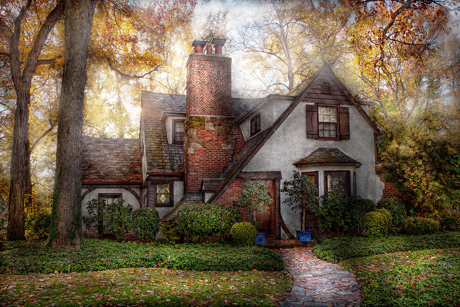 Cottage - Westfield Nj - Grandma Ridinghoods House Photograph  - Cottage - Westfield Nj - Grandma Ridinghoods House Fine Art Print