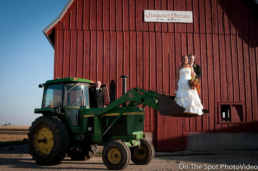 Country Farm Wedding Sculpture
