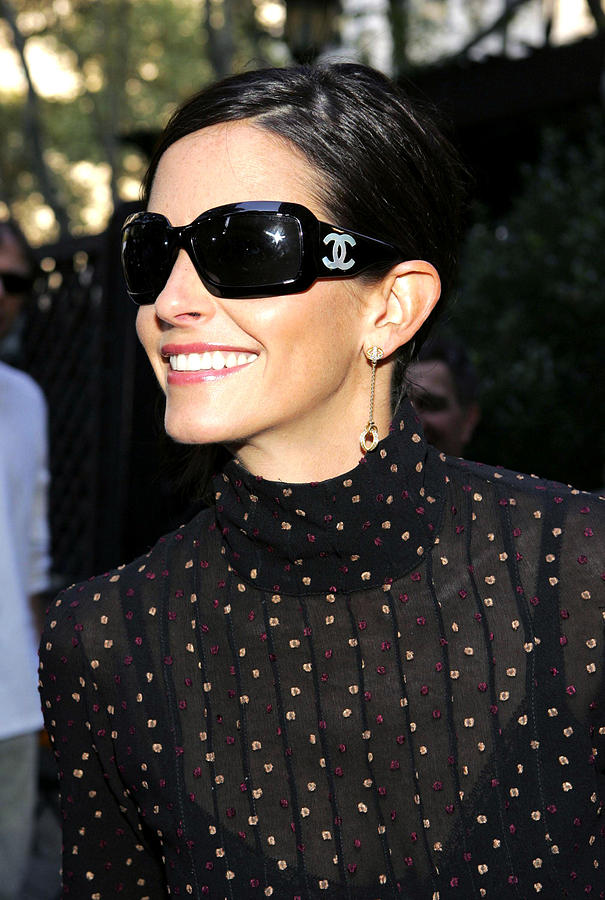 Courteney Cox Wearing Chanel Sunglasses Photograph  - Courteney Cox Wearing Chanel Sunglasses Fine Art Print