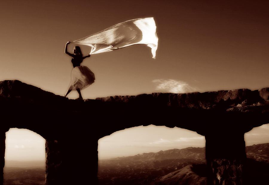 Truyện ngắn: Ngược chiều gió hát...