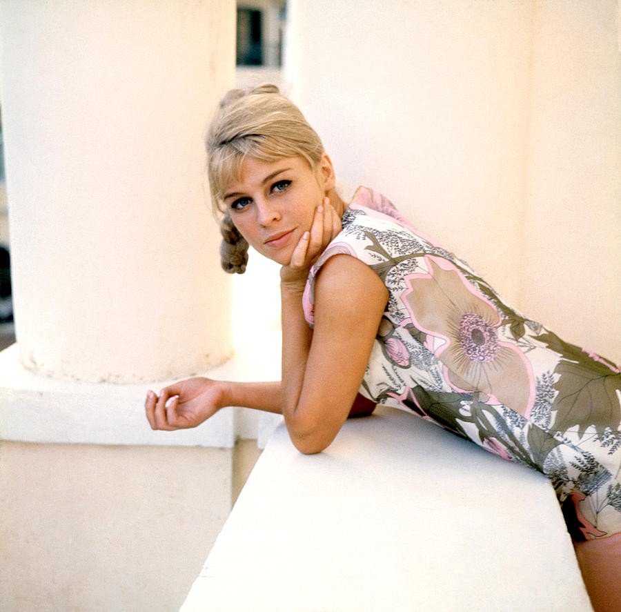 Darling, Julie Christie, 1965 Photograph