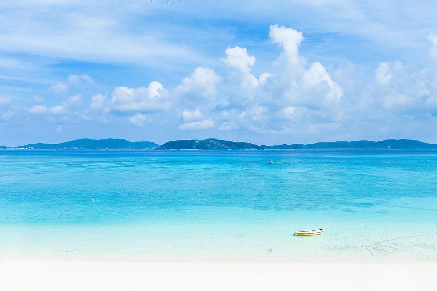Deserted Tropical Island: Deserted Tropical Beach And Islands On Horizon Photograph