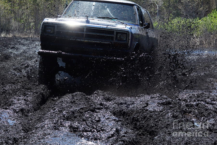 Mudding Photograph - Dodge Ramcharger In Local Mud by Lynda Dawson-Youngclaus