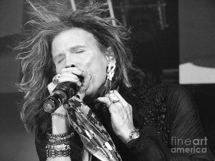 Steven Tyler Photograph - Dont Want To Miss A Thing by Traci Cottingham