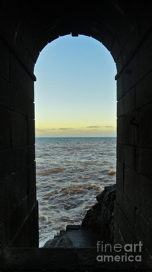 Doorway To The Sea Photograph