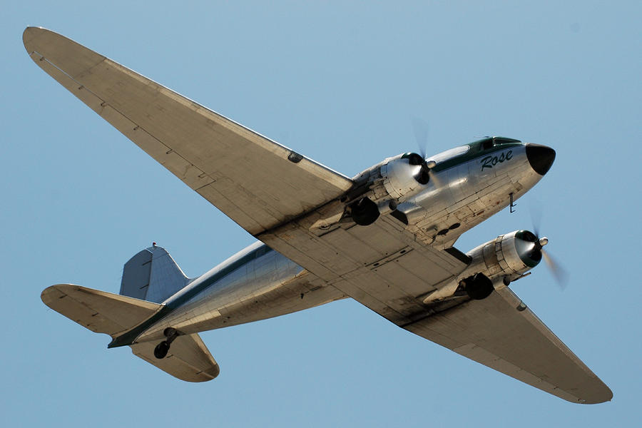 Douglas Dc-3 Rose At Hawthorne Photograph  - Douglas Dc-3 Rose At Hawthorne Fine Art Print