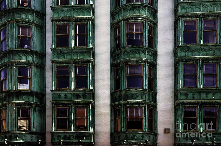 San Francisco Photograph - Downtown San Francisco by Bob Christopher