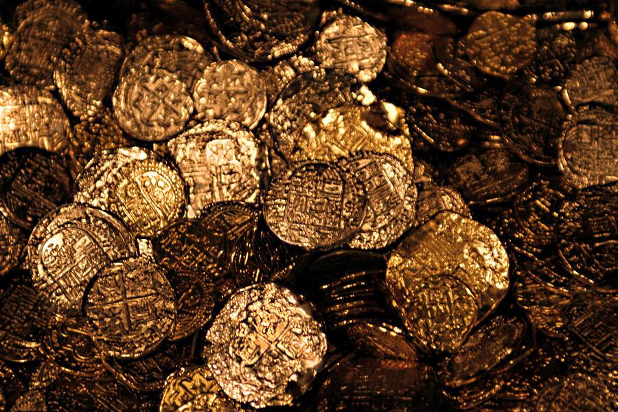 Dreams Of Spanish Gold Treasure by Linda Phelps