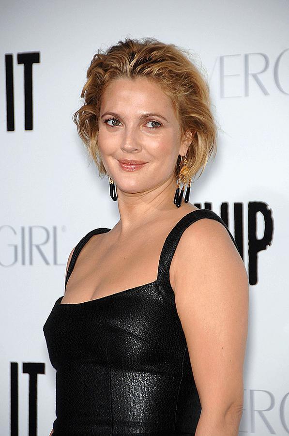 Drew Barrymore Photograph - Drew Barrymore Wearing Neil Lane by Everett
