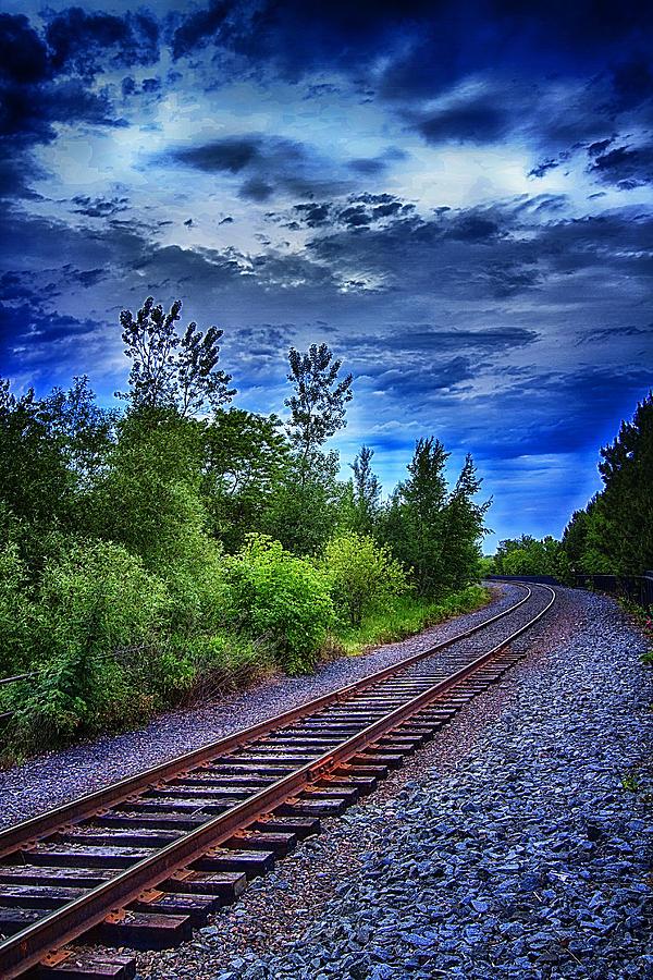 Railroad Photograph - Duluth Railway by Linda Tiepelman