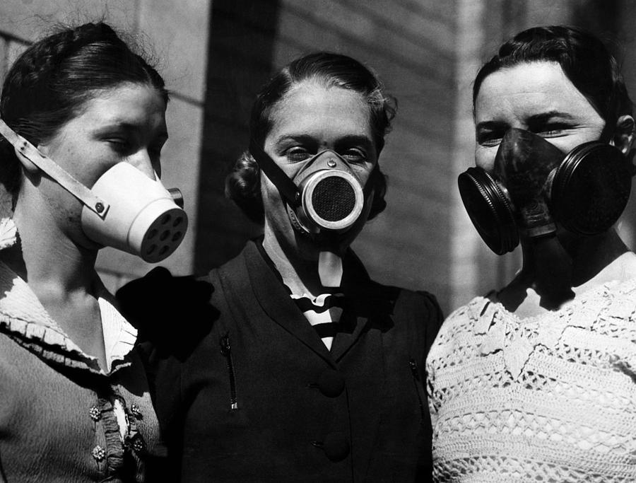 Dust masks used to breath in the dust