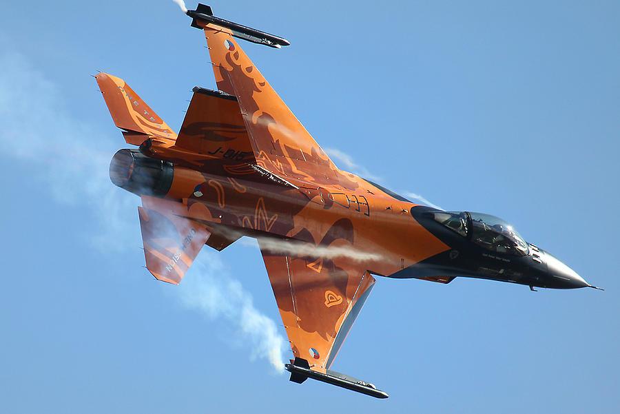 dutch-f16-ken-brannen.jpg