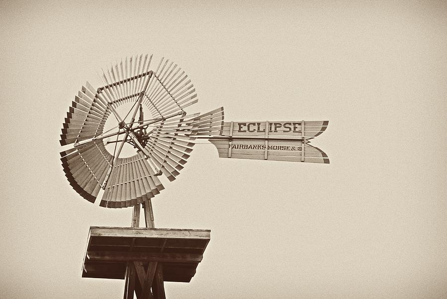 Eclipse Windmill 3578 Photograph