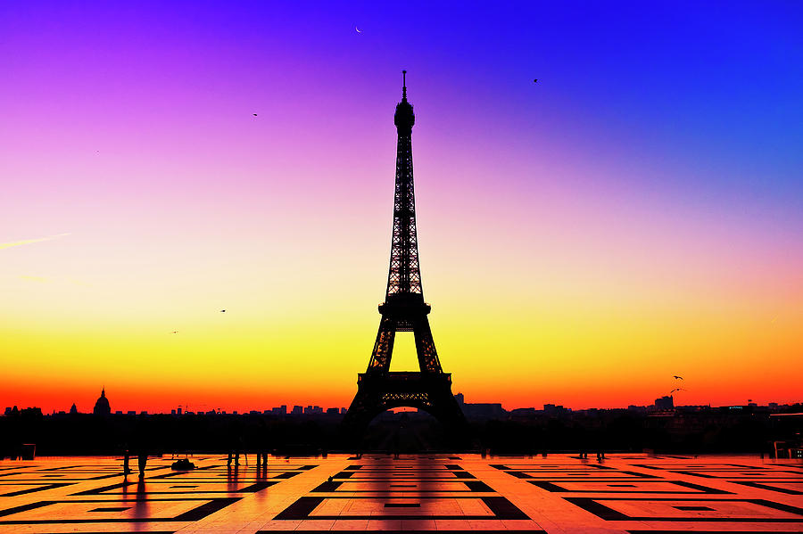 Horizontal Photograph - Eiffel Tower Silhouette In Sunrise by Audun ...