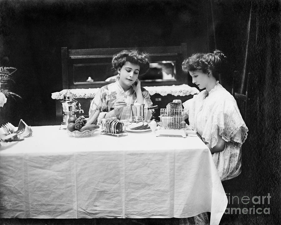 Electric Cookware, 1908 Photograph  - Electric Cookware, 1908 Fine Art Print