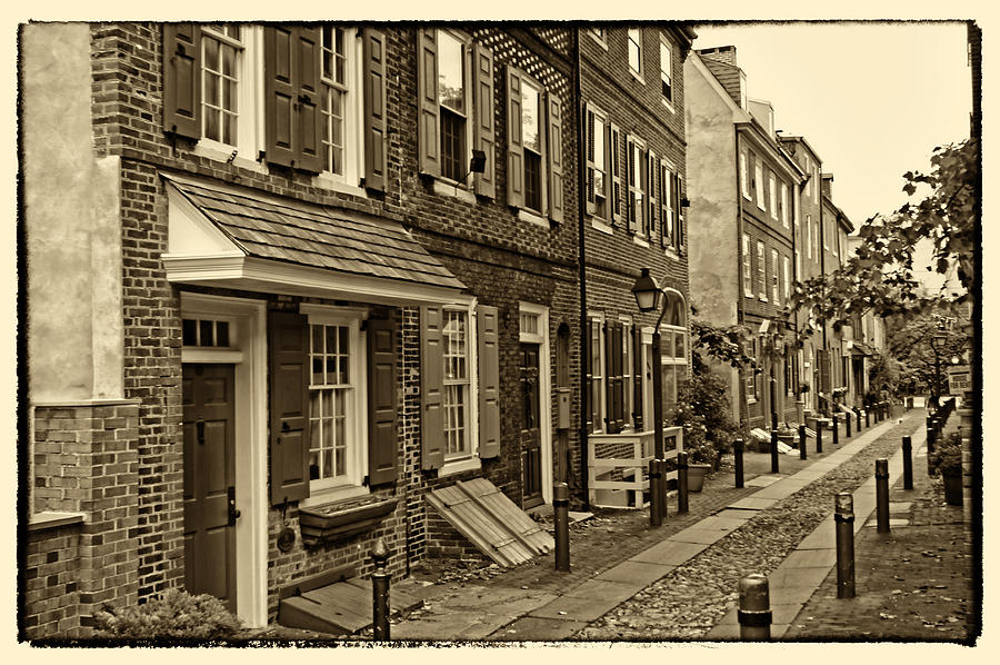 Elfreths Alley Photograph