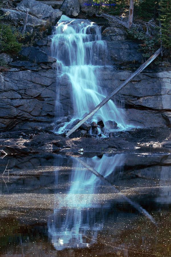 Waterfalls Photograph - Elinor Lake Falls by Ed Nicholles