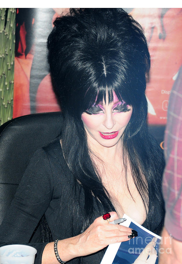 Elvira - Mistress Of The Dark Photograph