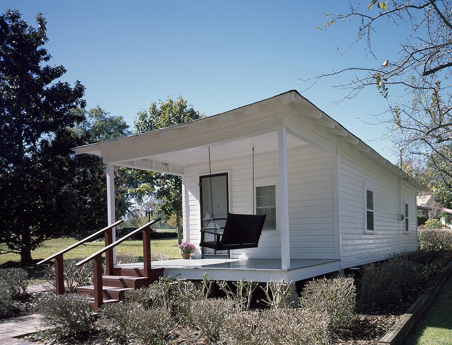 Elvis Presleys Birthplace, Tupelo Photograph