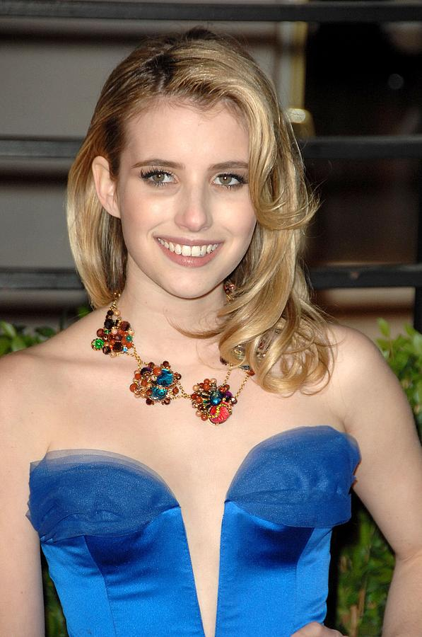 Emma Roberts At Arrivals For Vanity Photograph