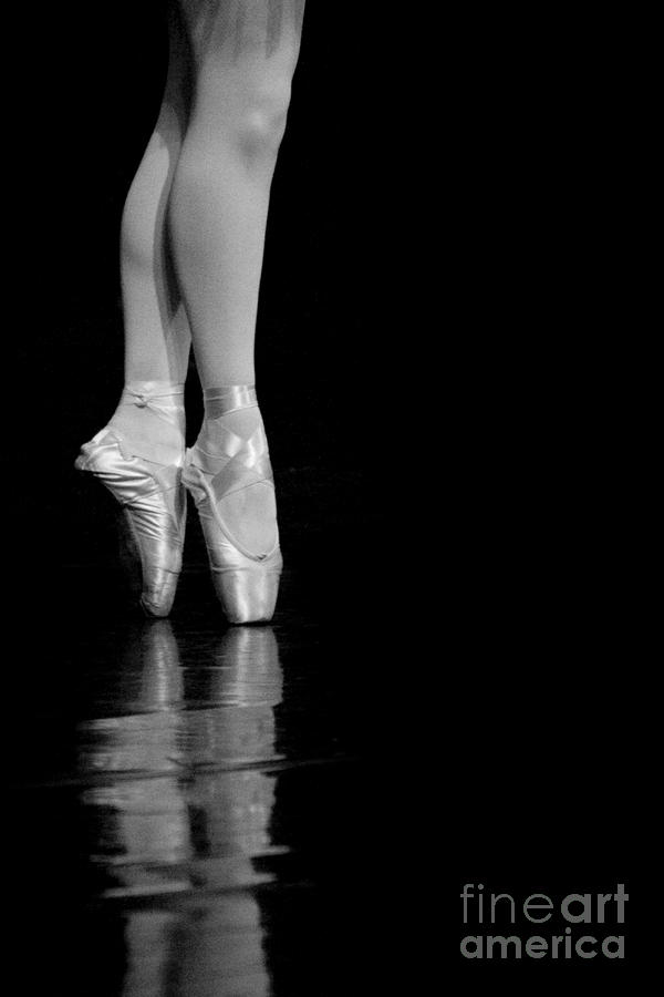 En Pointe Photograph  - En Pointe Fine Art Print