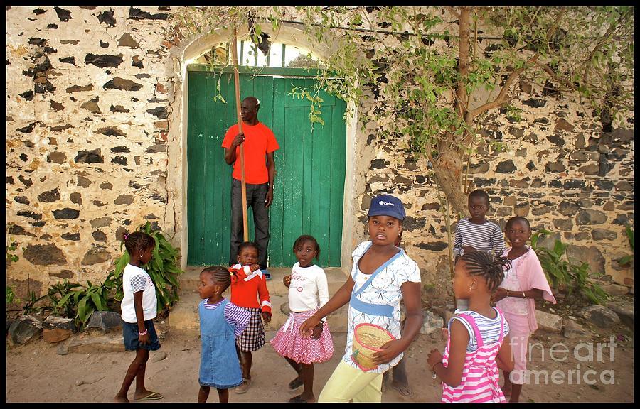 Enfants De Goree Photograph
