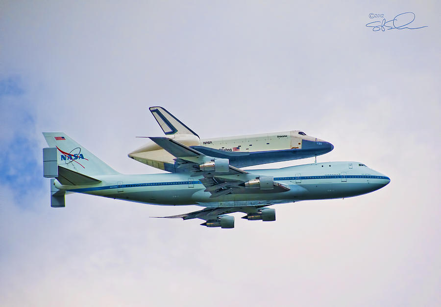 Shuttle Photograph - Enterprise 5 by S Paul Sahm