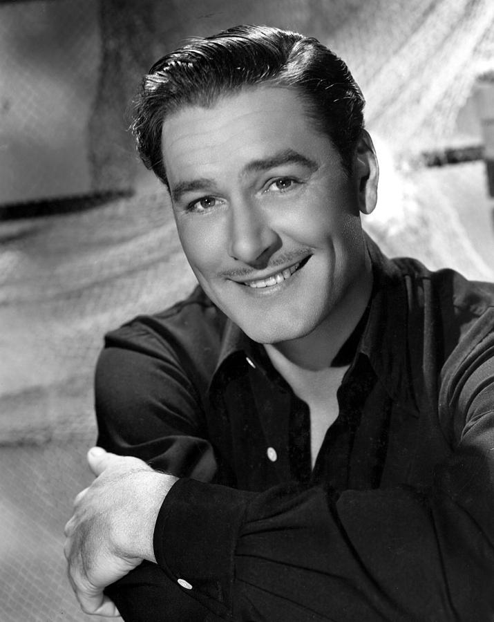 Errol Flynn - Wallpaper Image