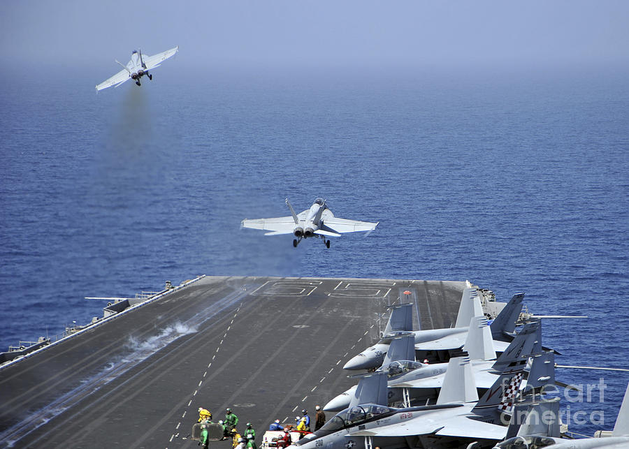 Fa-18f Super Hornets Launch Photograph