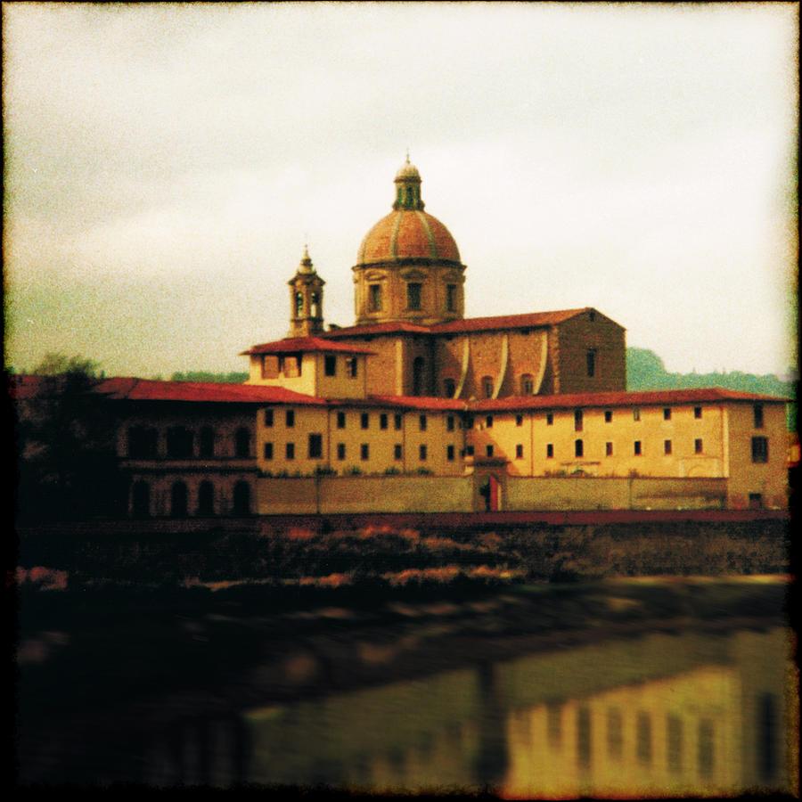 Avantgarde Photograph - Firenze A Piedi by Li   van Saathoff
