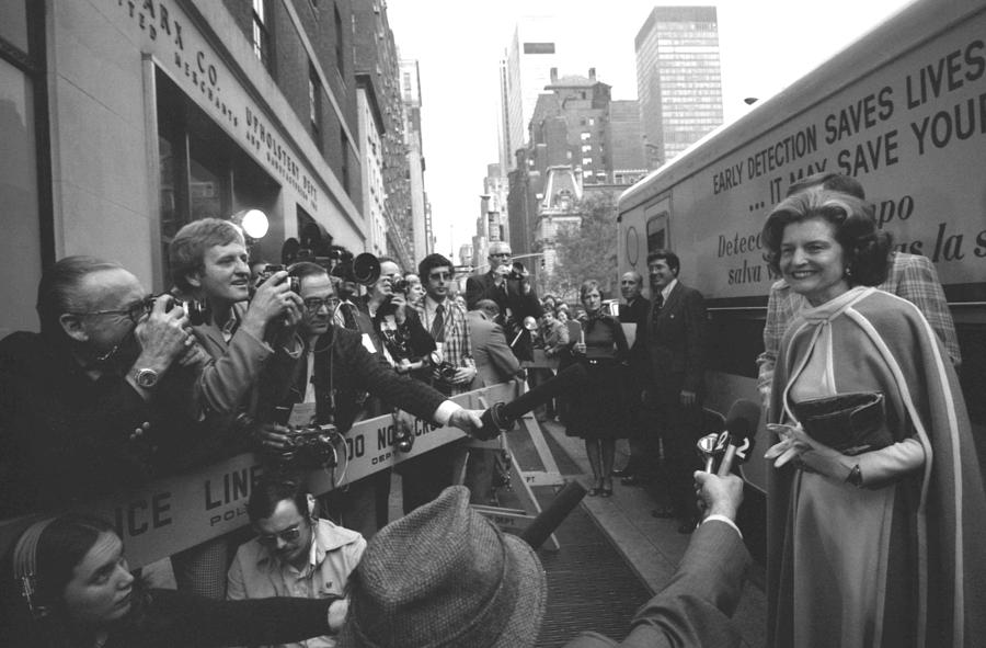 First Lady Betty Ford Became An Photograph
