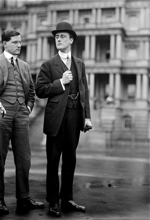 franklin Delano Roosevelt  Photograph - Franklin Delano Roosevelt As A Young Man - C 1913 by International  Images