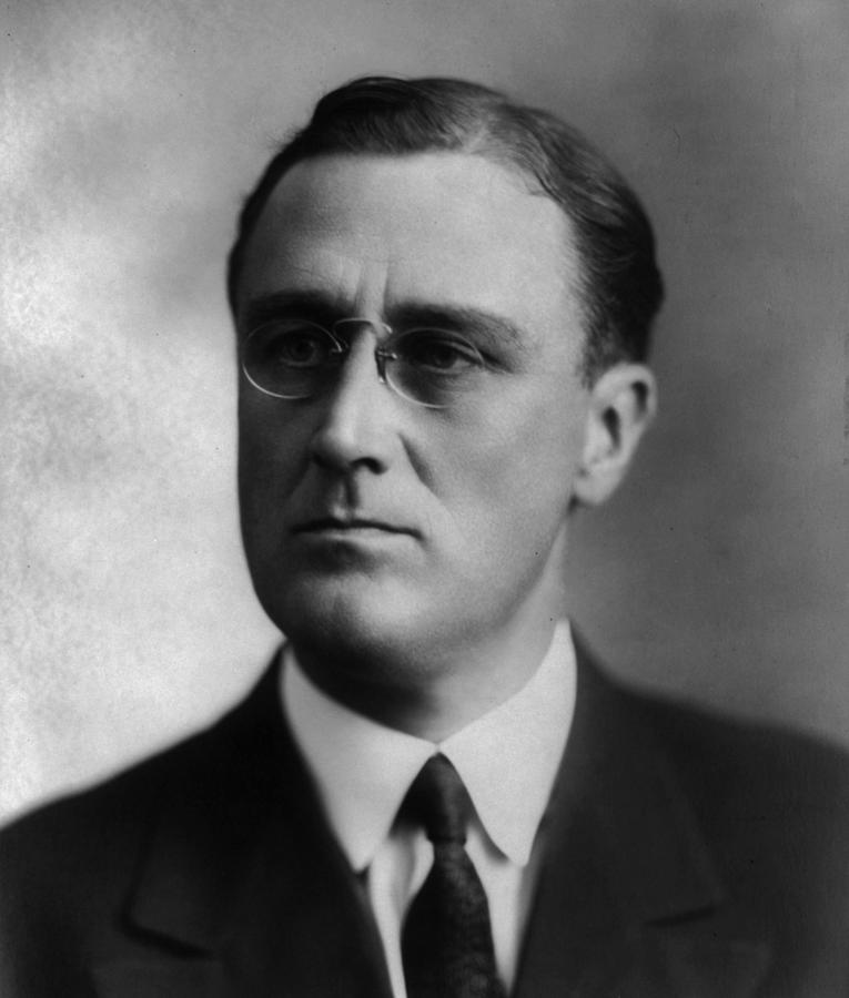 franklin Delano Roosevelt  Photograph - Franklin Delano Roosevelt by International  Images