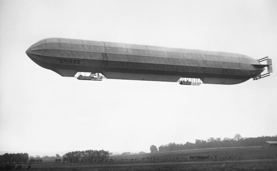 http://images.fineartamerica.com/images-medium-large/french-military-dirigible-granger.jpg