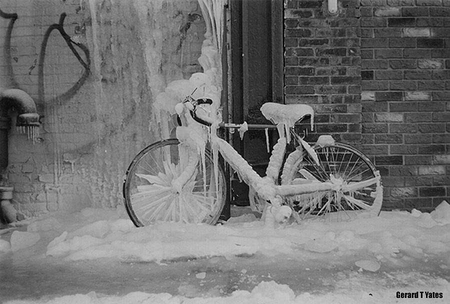 frozen-bike-gerard-yates.jpg