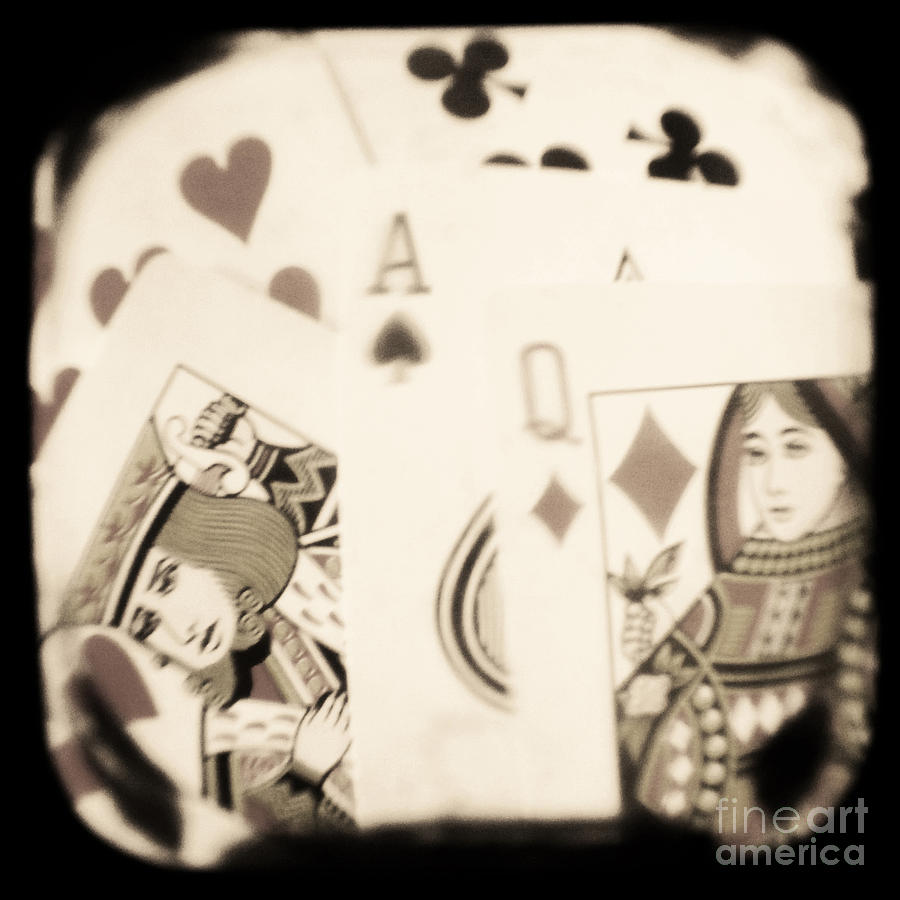 Gambit Photograph