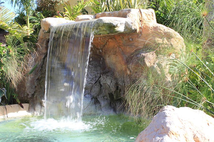 Garden Waterfall Photograph by Shane Bechler