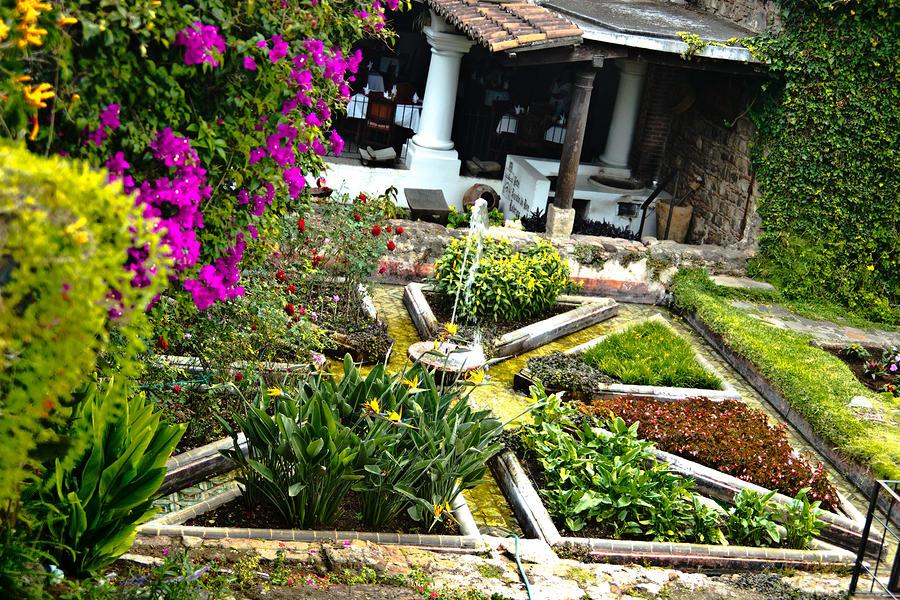 Gardens At Posada De Don Rodrigo Hotel Antigua By Douglas