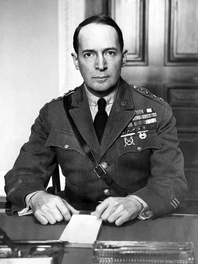 General Douglas Macarthur, 1880-1964 Photograph
