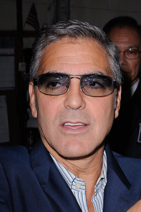 George Clooney, Leaves The Live With Photograph  - George Clooney, Leaves The Live With Fine Art Print