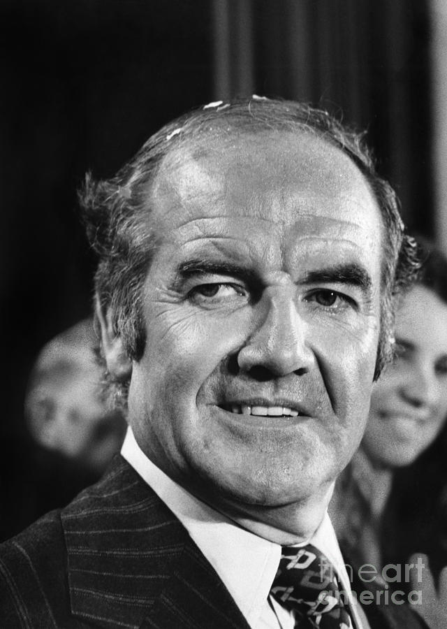 George Mcgovern 1922 2012 >> George Mcgovern (1922- ) Photograph by Granger