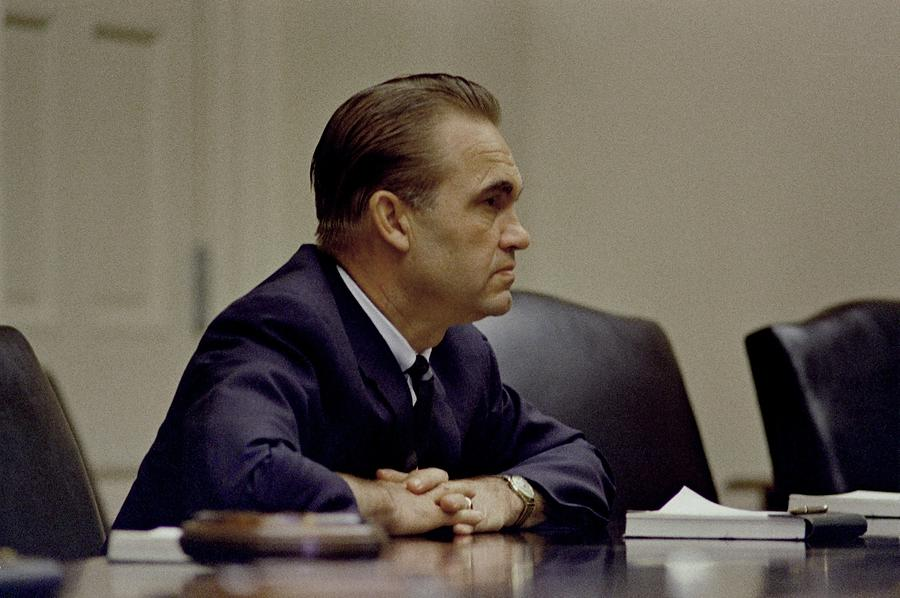 George Wallace, The Segregationist Photograph
