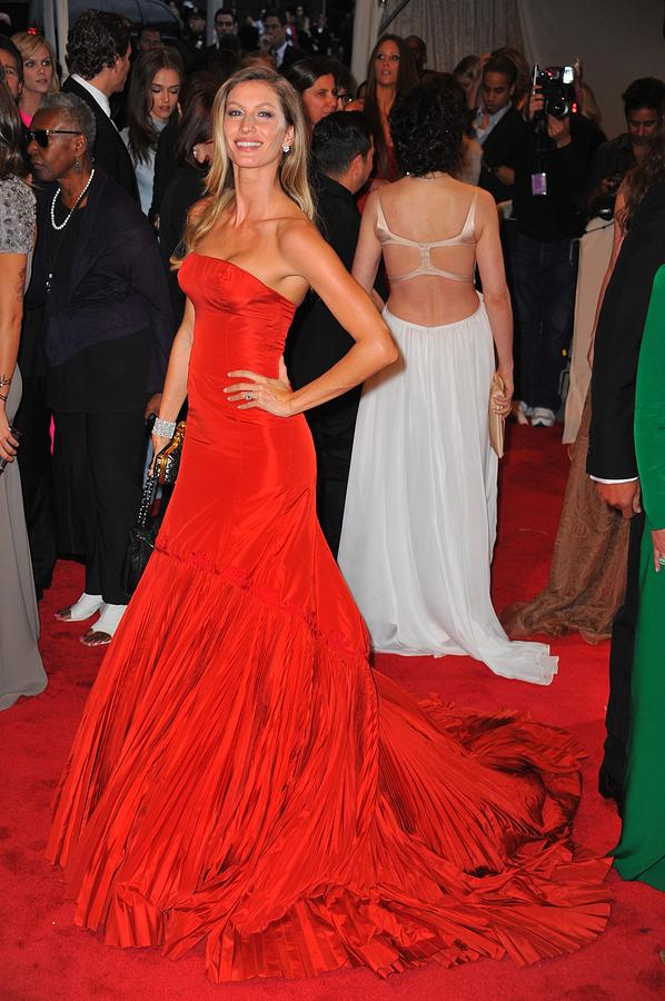 Gisele Bundchen Wearing An Alexander Photograph