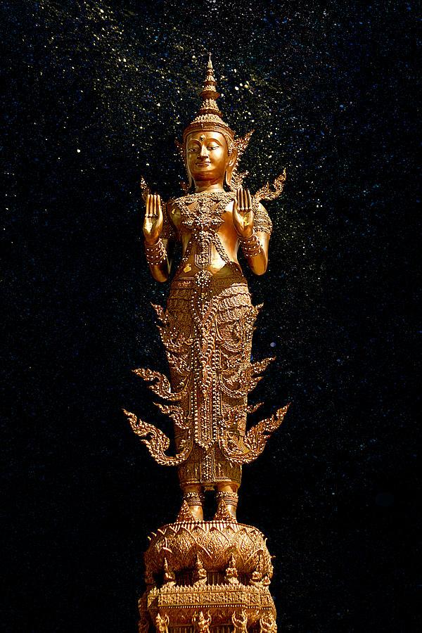 Gold Buddha Photograph