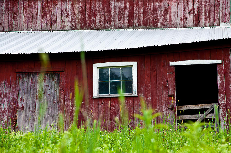 Good Ole Red Barn Photograph
